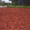 Rode houtchips